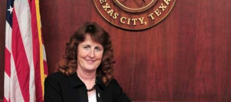Texas City Commissioner Dee Ann Haney indicted on manslaughter charges in connection to fatal crash